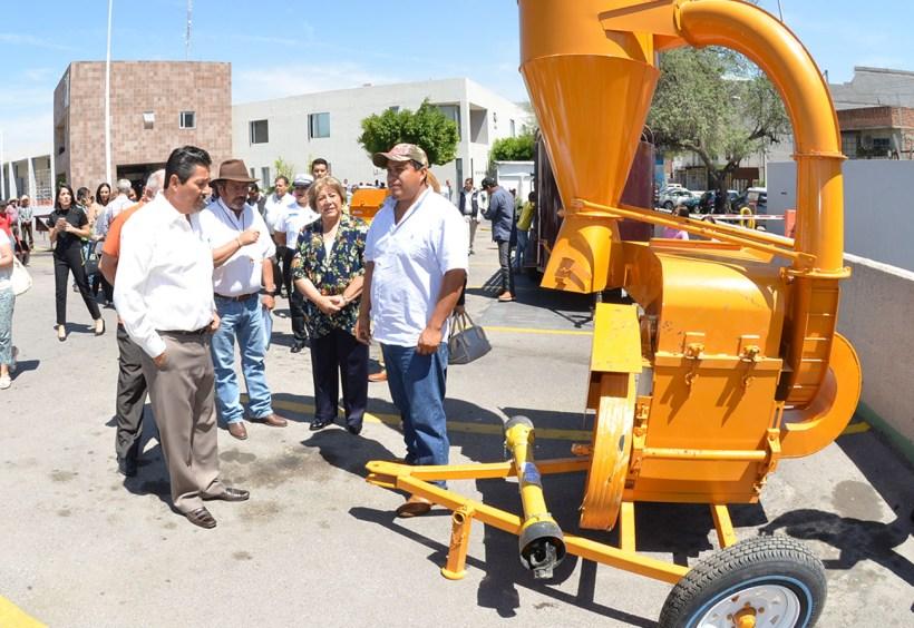 maquinaria e implementos agrícolas