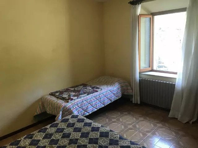 Affitto Appartamento con Giardino Piandinovello Quattro Vani (39)