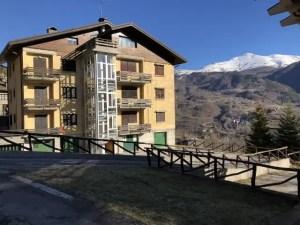 Appartamento Quattro Vani Dogana Nuova Due Livelli Mq 100