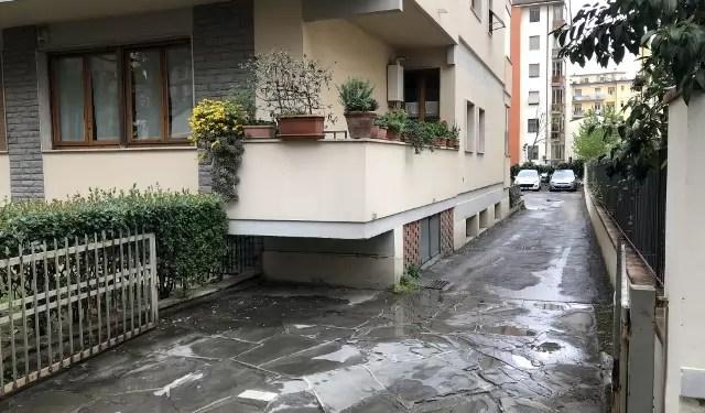 Box Auto Posti Auto Scoperti Firenze Coverciano Via Pietro Mastri