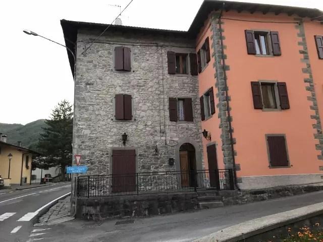 Mansarda in Villetta Fiumalbo Dogana Nuova 6 Vani Mq 180 (4)