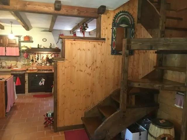 Villa Terra Tetto Doganaccia Due Vani MQ 75 Giardino MQ 450 (61)