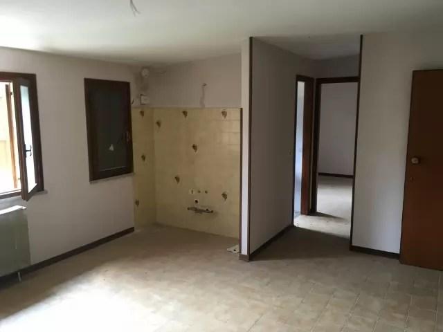 Appartamento Mansarda Montecreto Tre Vani Mq 60 (26)