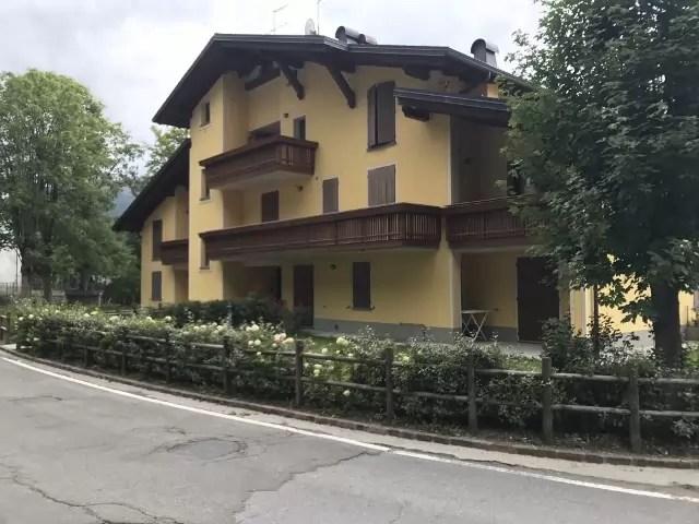 Mansarda Abetone Via Uccelliera Mq 100 Trilocale e Soppalco Mq 18 Secondo Piano Ascensore Due Garage (24)