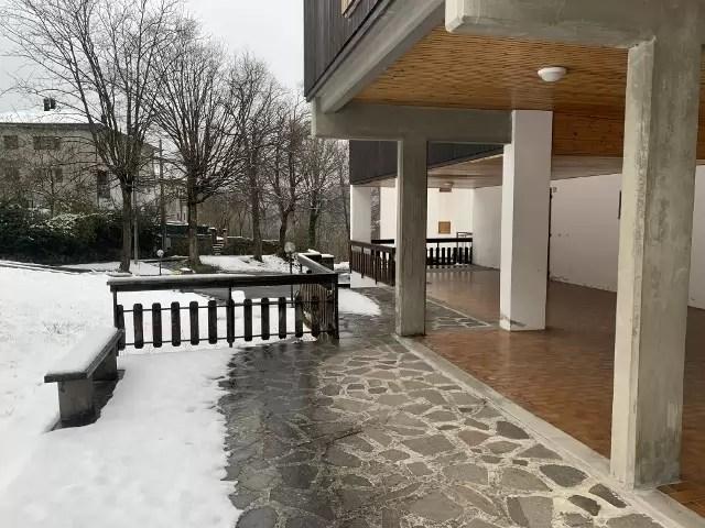 Mansarda Monolocale Mq 40 con Soppalco Mq 40 Fiumalbo Via Giardini quarto Piano Garage Cantina sottoteto (12)