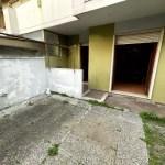 Trilocale Viareggio Terminetto Mq 66 Piano Terra Giardino Mq 100 Parcheggio Privato (2)
