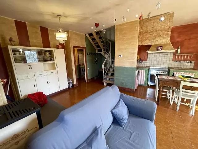 Villetta Bifamiliare Prunetta Quadrilocale Mq 110 Garage Giardino (44)