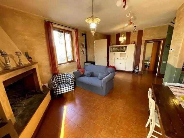 Villetta Bifamiliare Prunetta Quadrilocale Mq 110 Garage Giardino (55)