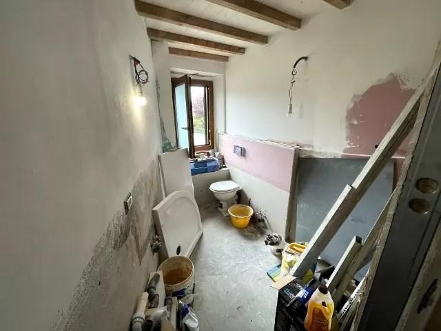 Villetta Ristrutturata Pianosinatico Mq 120 Quadrilocale Tre Piani Due Ingressi (29)