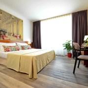 Soggiorno sul Garda + Gardaland Hotel KRYSTAL 5