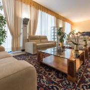 Soggiorno sul Garda + Gardaland Hotel KRYSTAL 7