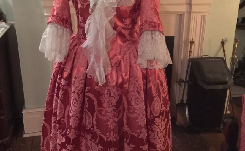 18th Century Round Gown: Pink Thing Construction