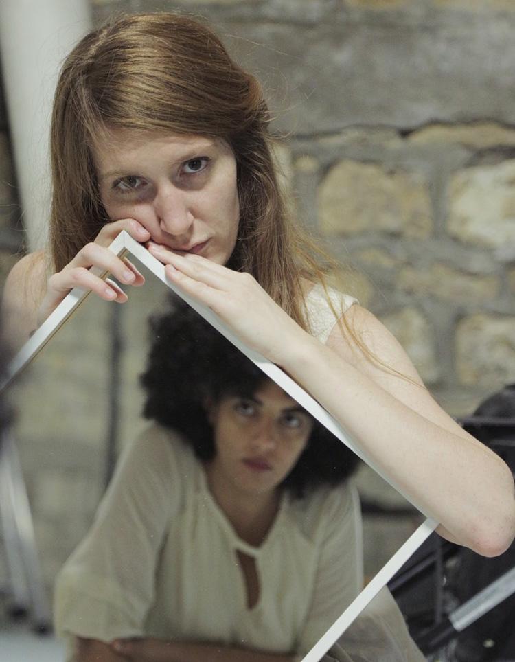 Léna et Agnès d'Ali Rezi