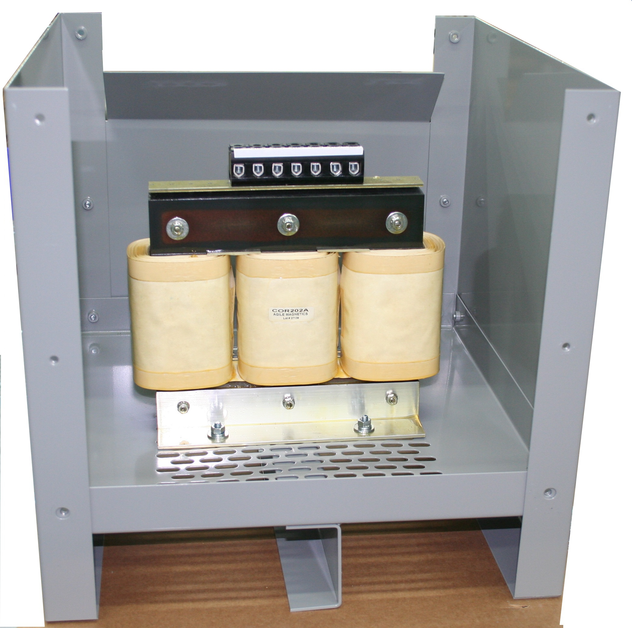 Single And 3 Phase Transformers In Enclosures