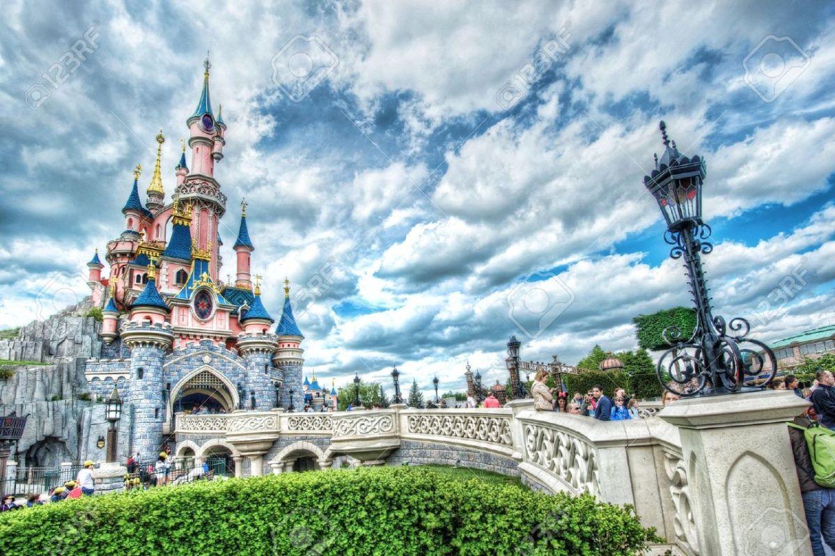 Ile-de-France : Euro Disney va être jugé pour discrimination à l'embauche