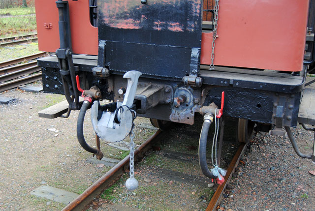 Kopplet är monterat på vagn 24, det kvarstår lite svetsarbeten med spännkoppel. Foto: Patrik Engberg