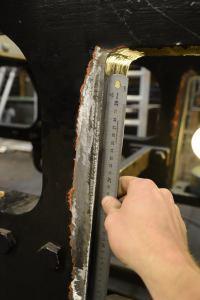 I brist på verktygsmaskiner i klass med en riktig lokbyggarfabrik fick ojämnheterna rättas till med navrondell och stållinjal. Foto: Marcus Jacobson