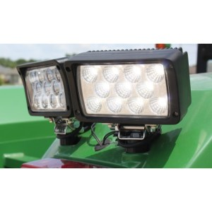 John Deere Tractor LED Flood Beam Lamp, 3500 Lumens RE68473
