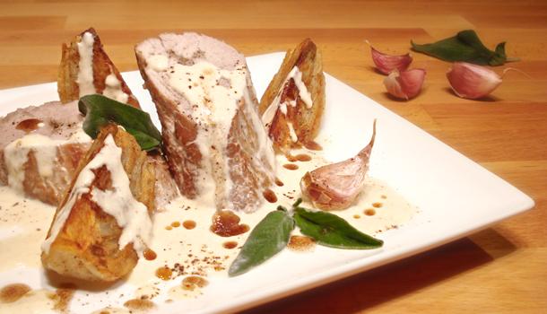 Pork tenderloin in milk cream with pan-fried fennels