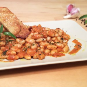 """Fagioli all'Uccelletto"" recipe - Tuscan Beans in Tomato Sauce"
