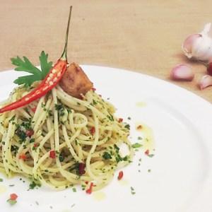 Spaghetti with Cetara Anchovies dripping Spaghetti alla colatura di alici di Cetara
