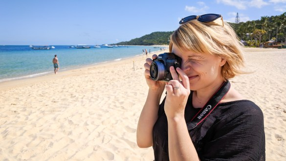 Mirrorless camera photography at Tangalooma, Australia