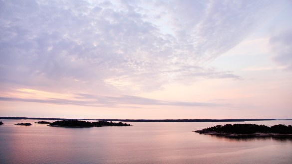 12 reasons to visit the world's most beautiful archipelago