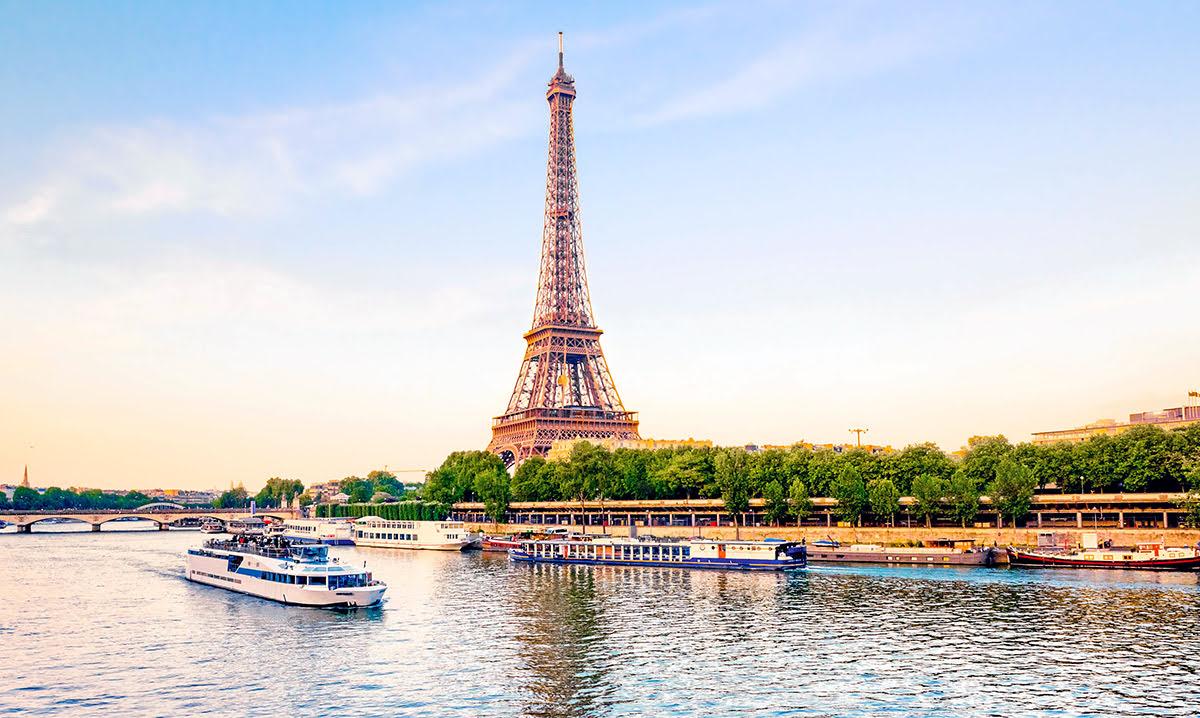 Paris attractions-travel France-Seine River Cruise