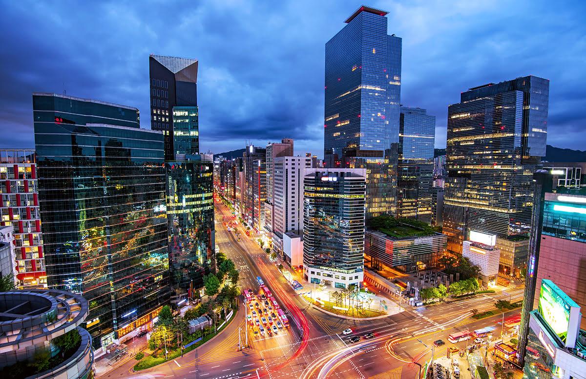 Where to stay in Seoul-South Korea-traditional neighborhood-tour Seoul bus