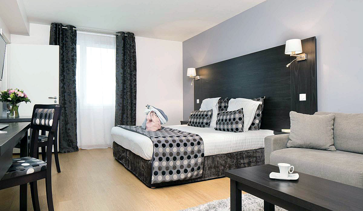 Day trips from Paris-France-travel-Seven Urban Suites Nantes Centre