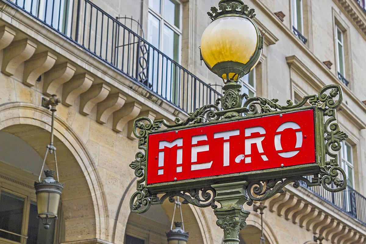 Marais-things to do-Paris-France-Chemin Vert Metro Station