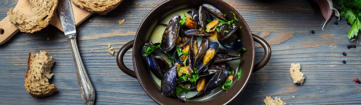 Paris Food-Featured photo (1200x350) French food on a wooden background