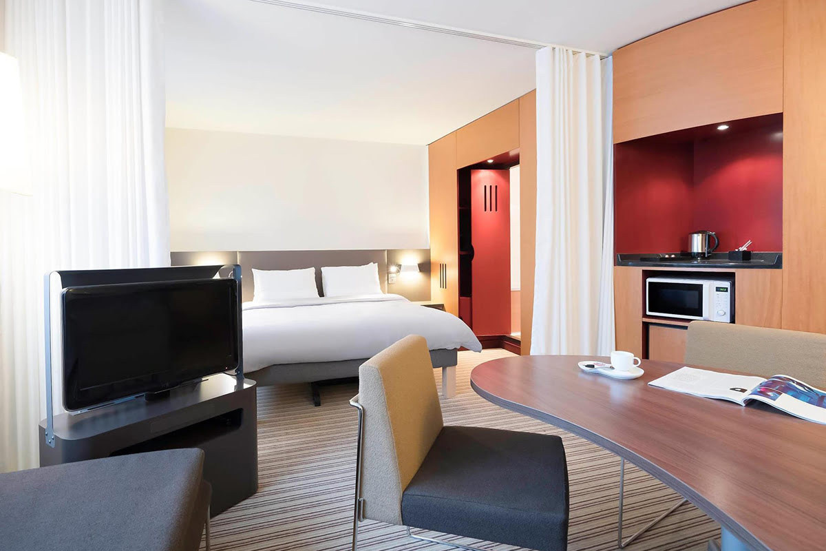 Paris markets-shopping-flea markets-France-Novotel Suites Paris Montreuil Vincennes