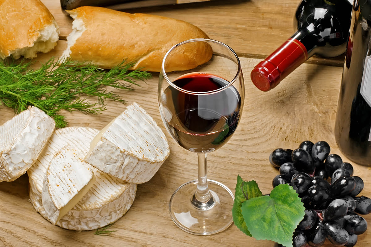 What to buy in Paris-shopping-souvenirs-cheese-wine
