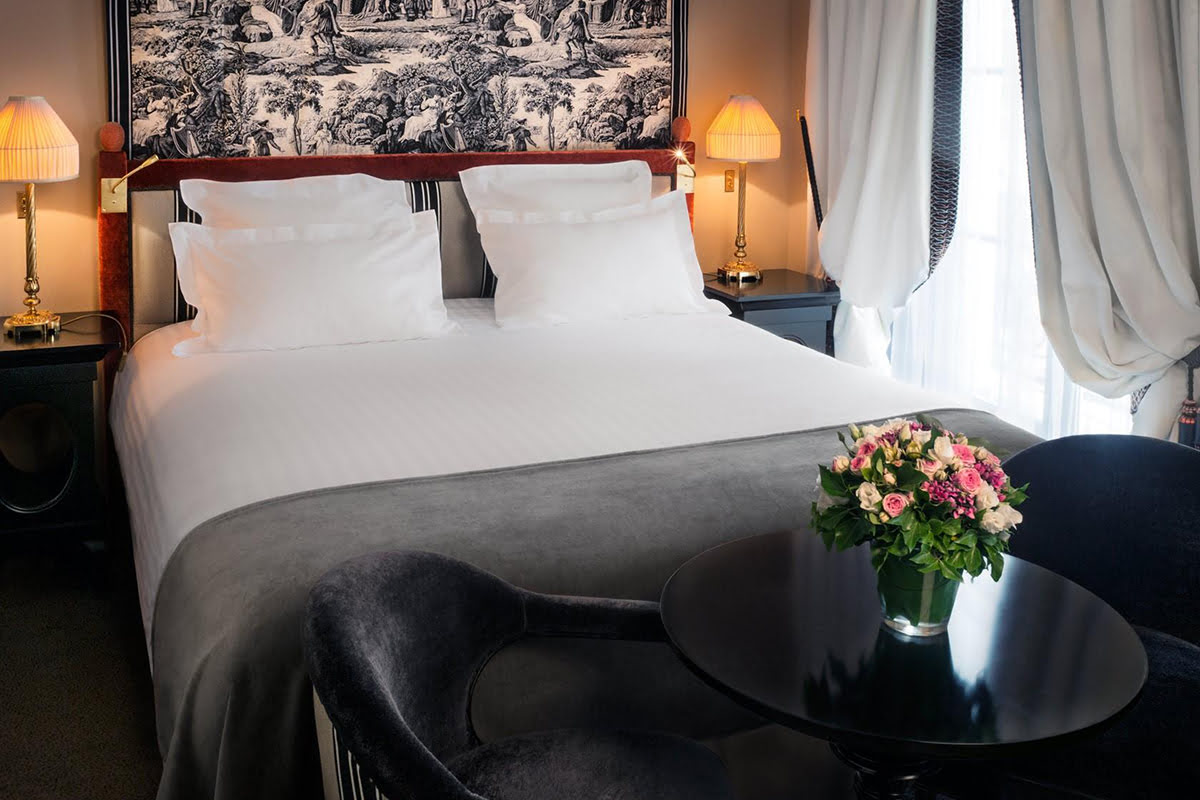 Where to stay in Paris-Hotel Maison Athenee