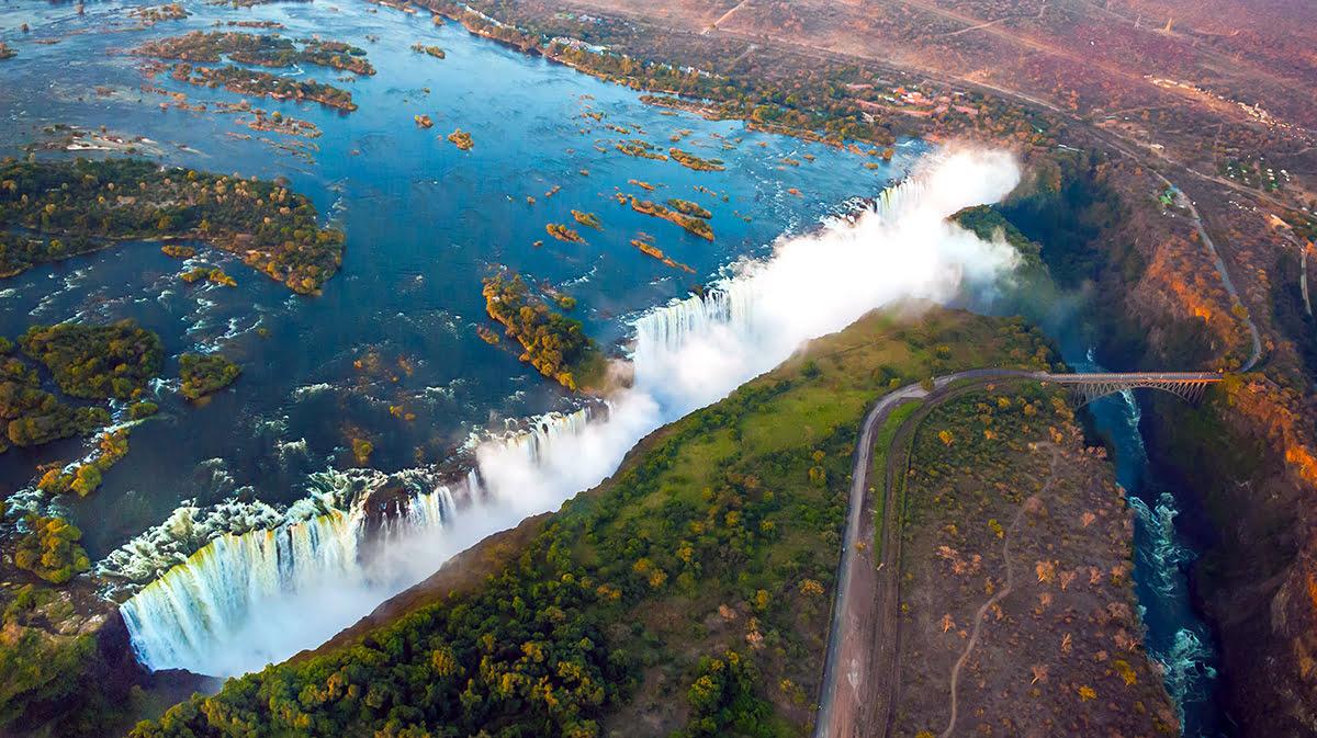 直升机旅行-维多利亚瀑布-赞比亚-津巴布韦