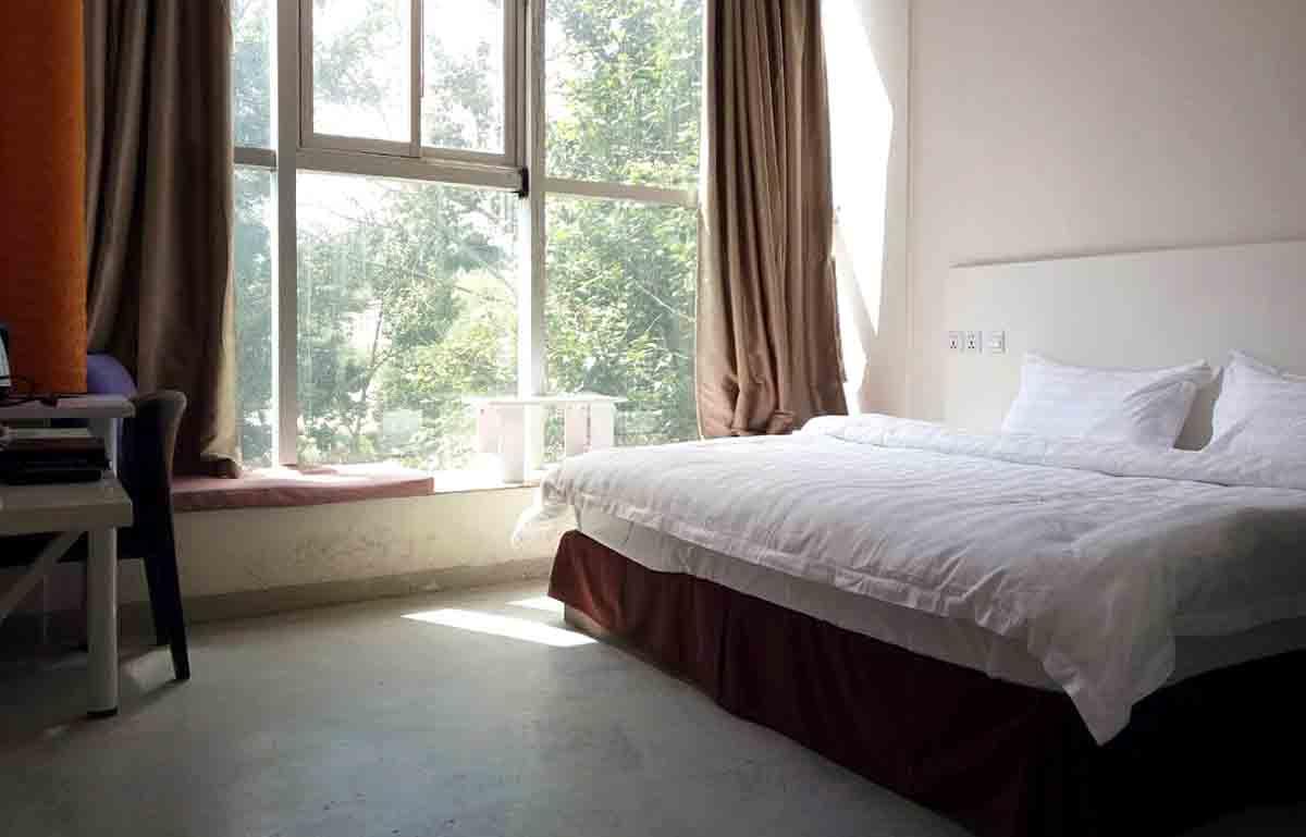 ที่พักในลาซา-ลาซาฮันนี่บีฮับ