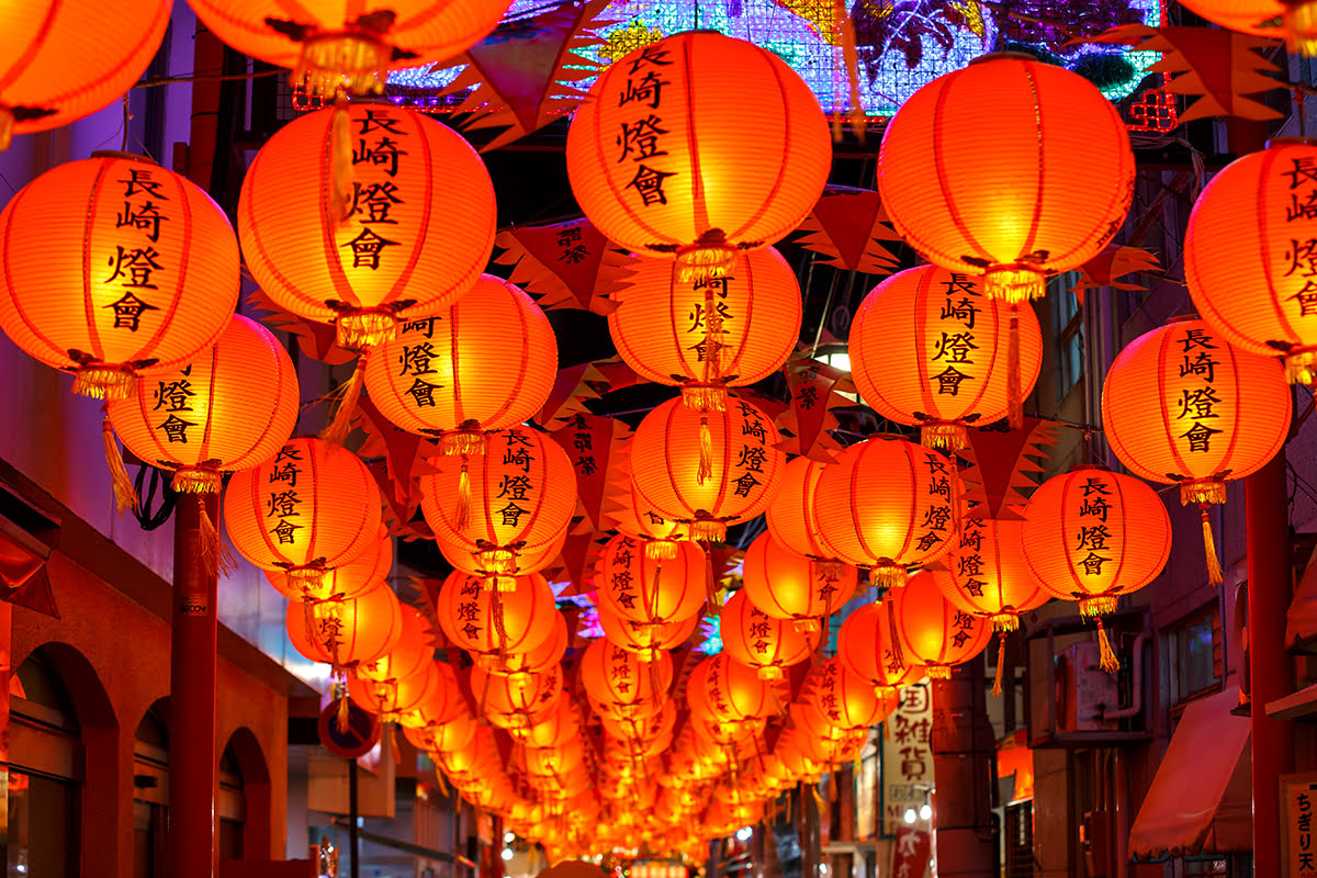 Best time to visit Kyushu-Lantern Festival-Nagasaki