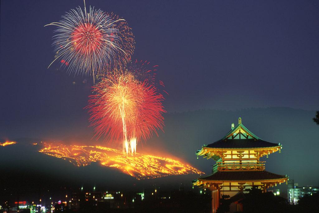 Nara events-Yamayaki on Wakakusayama Mountain from Heijyo kyo1