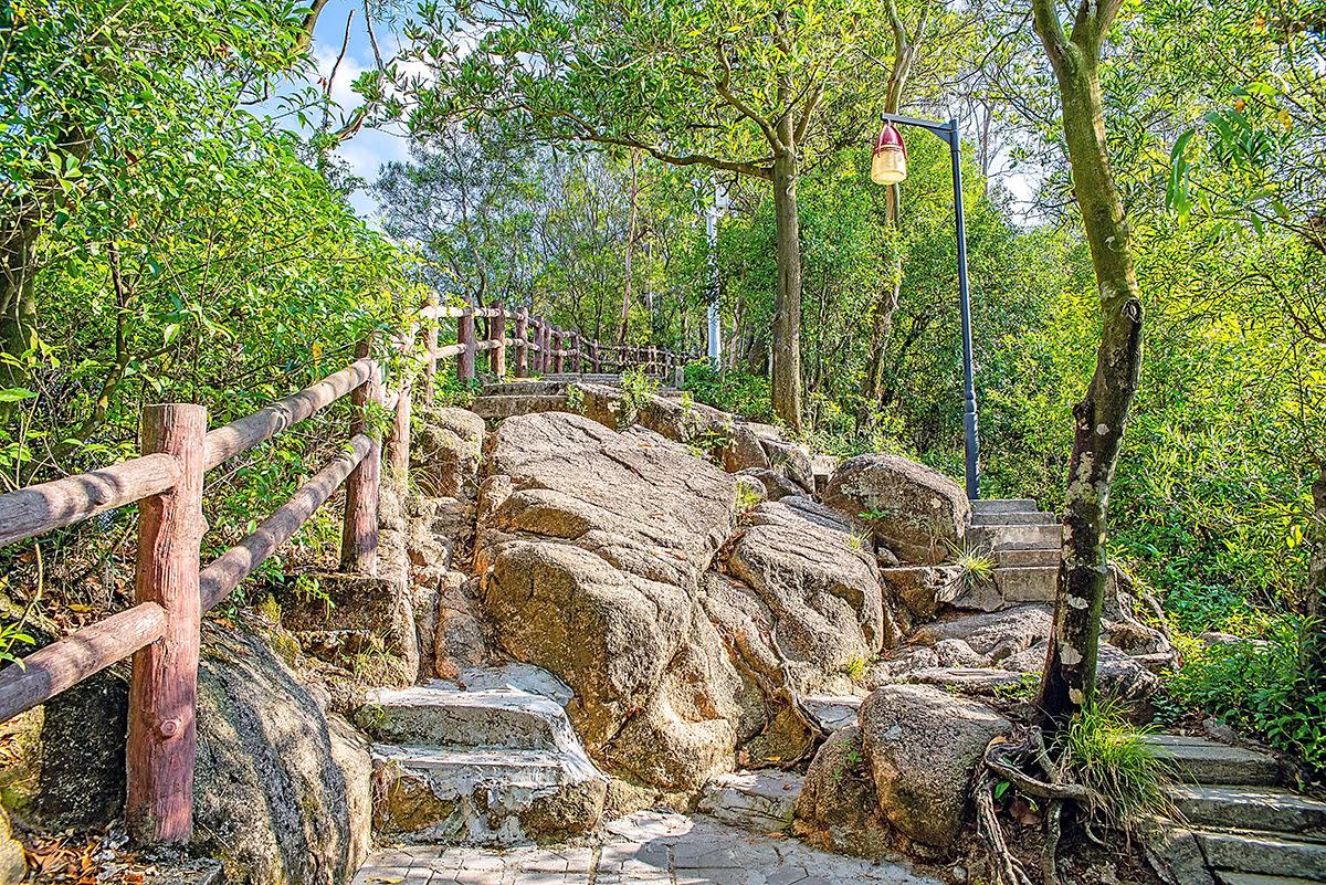 Things to do in Shenzhen-China-Nanshan Mountain