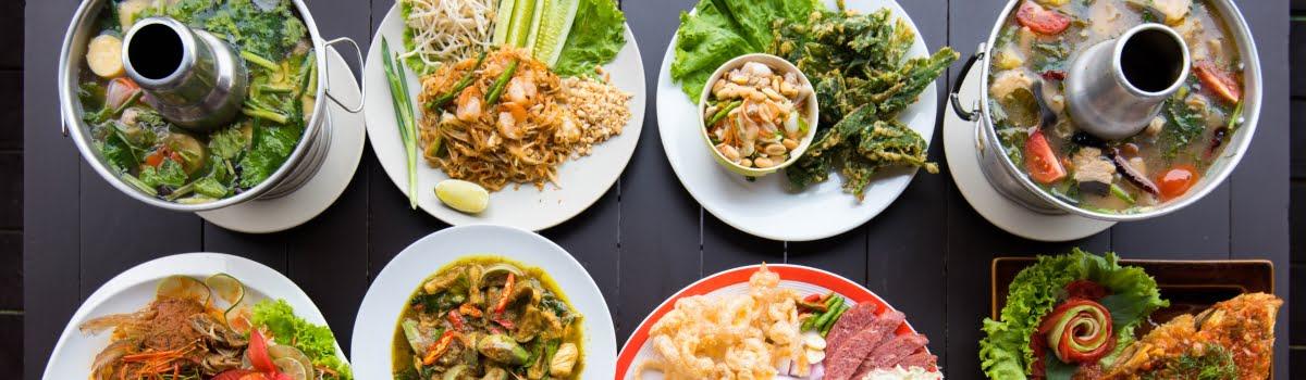 Bangkok food-Featured photo (1200x350) A variety of Thai food