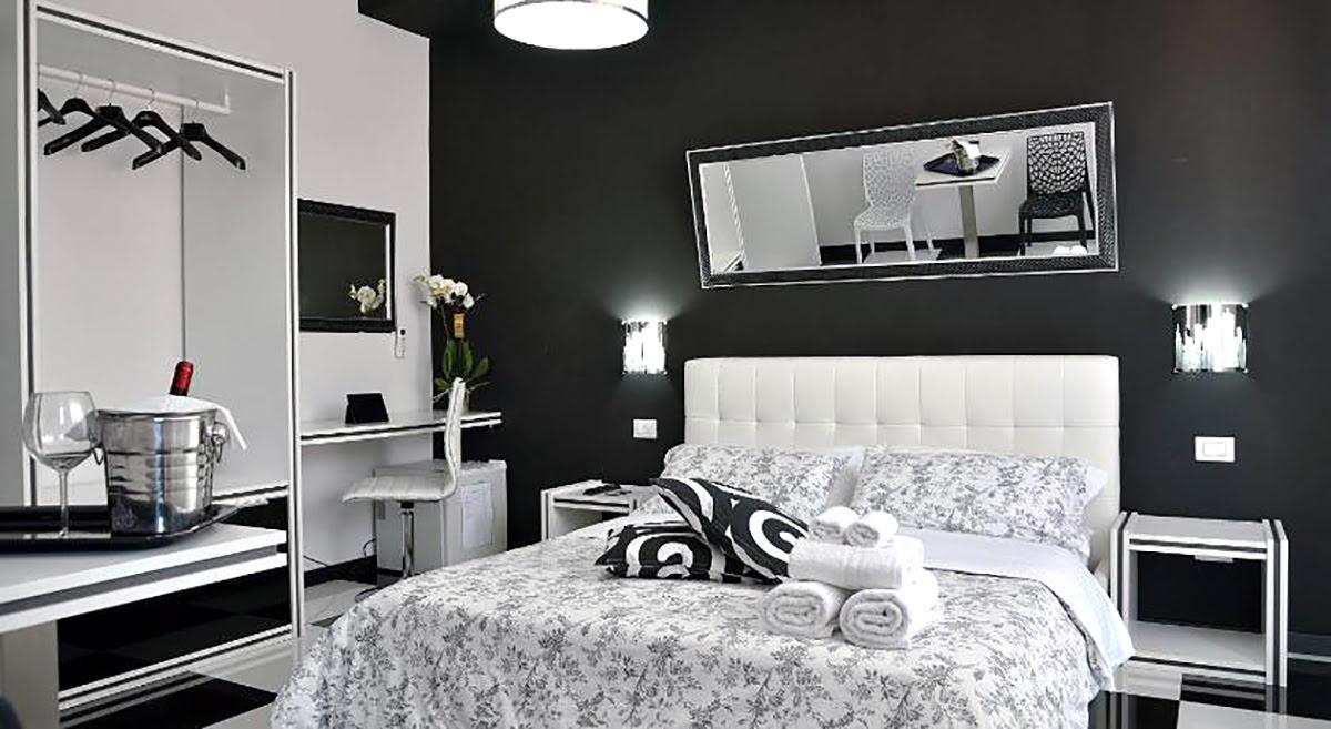 Black and white theme hotels-Black & White G&G-Rome-Italy