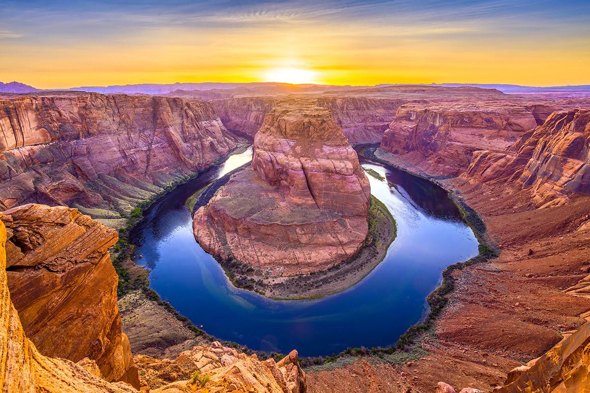 Antelope Canyon tours-southern Utah hiking-Horseshoe Bend-helicopter-rafting