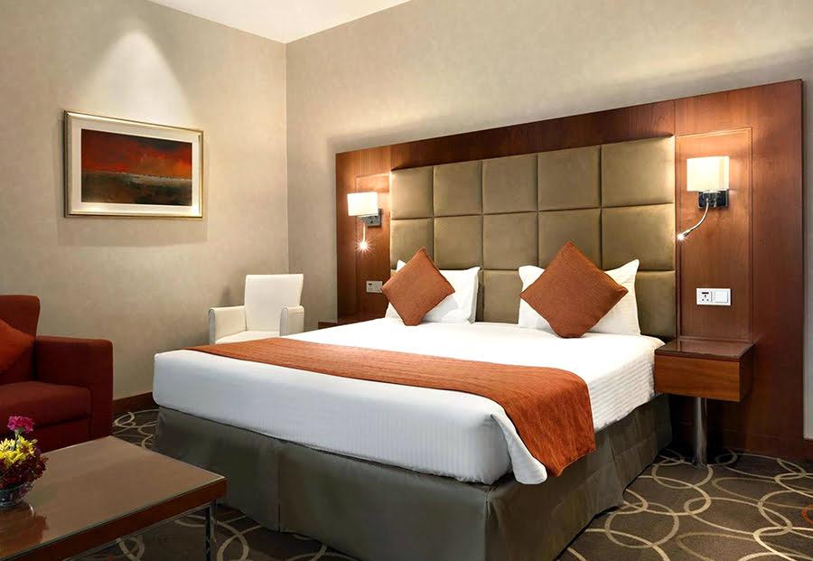 Hotels in Dubai-Mall of the Emirates-shopping-UAE-Carlton Al Barsha