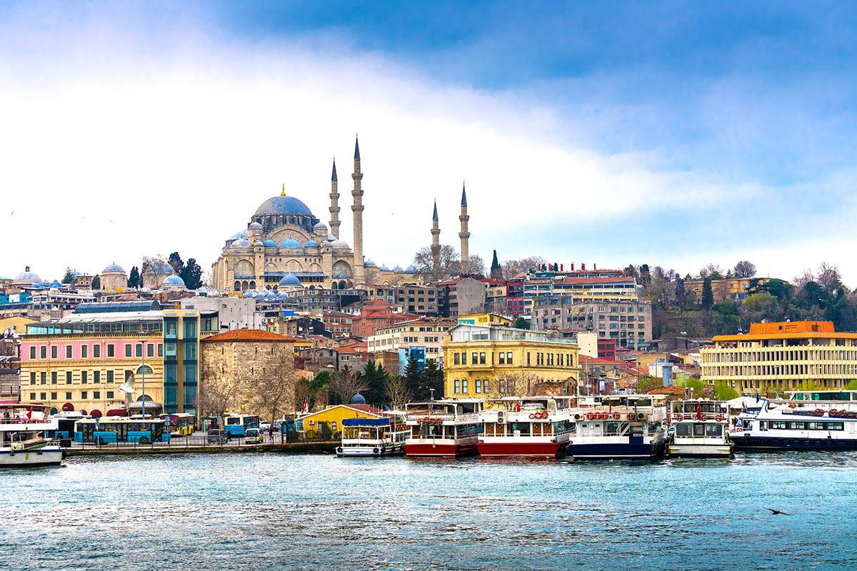 Best graduation trips-cheap summer vacations-Istanbul-Turkey