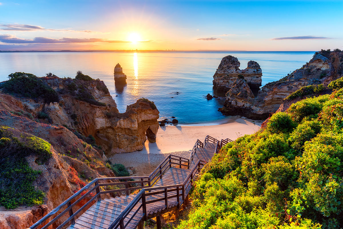 Best graduation trips-cheap summer vacations-The Algarve-Portugal
