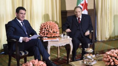 Photo of صورة لبوتفليقة نشرها رئيس الوزراء الفرنسي تثير الجدل مجددا حول حالته الصحية