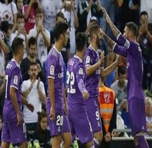 ريال مدريد يهزم إسبانيول ويواصل صدارة الليجا
