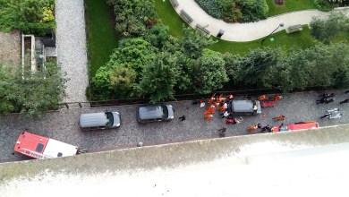 Photo of باريس.. سيارة تدهس عسكريين ووقوع ستة جرحى