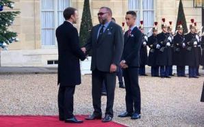 الملك محمد السادس يحضر مأدبة غداء أقامها الرئيس الفرنسي بمناسبة…